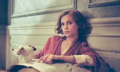 《丹麦女孩》:成全伟大的多半是爱情