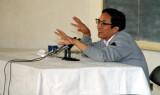 1988年6月3日 时任烟台市长俞正声作报告